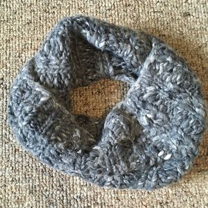 American Eagle infinity knit scarf